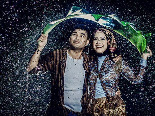 8700 Koleksi Gambar Romantis Musim Hujan Terbaru